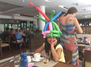 Balloon Hat!