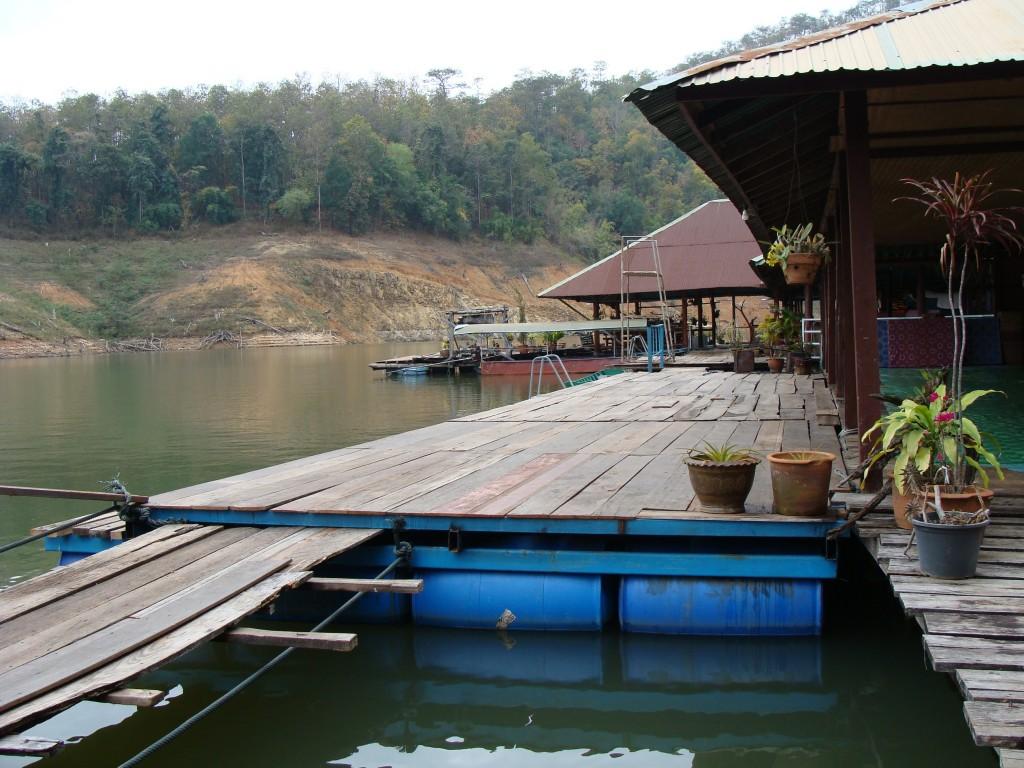Houseboat Chiang Mai 3